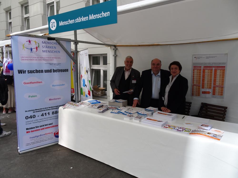 Team FreiwilligenBörseHamburg beim Tag der offenen Tür der Bundesregierung 26. August 2018 Menschen stärken Menschen