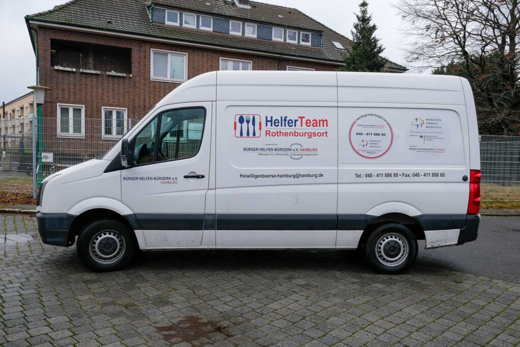 von Aktion Mensch gesponserter Kühlbus von HelferTeam Rothenburgsort